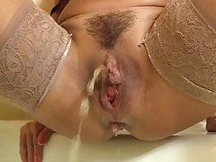 Hairy MILF Pissing