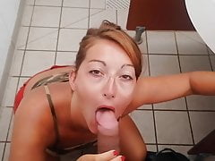 Dedicated to our subscribers, she looks while sucking my dick
