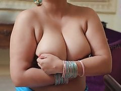 SAPNA KE BOOBS